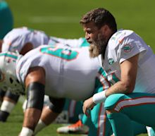 Ryan Fitzpatrick was heartbroken by the Dolphins decision to bench him in favor of Tua Tagovailoa 2 days after leading cheers for the rookie's NFL debut