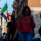 Italy Bond Sale Draws Record 35.5 Billion Euros of Investor Bids