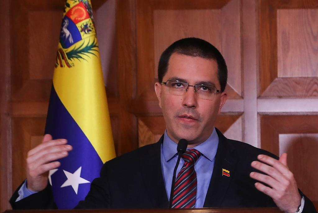 Venezuela Foreign Minister Jorge Arreaza accused the US of fuelling conflict in the country, but said his government would rely on diplomacy to avoid a full-blown war