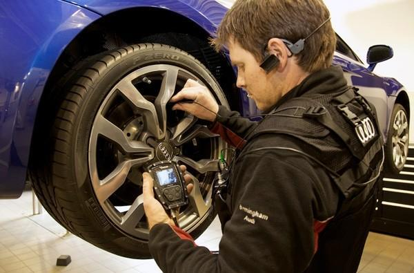 Audi Cam lets you watch the entire repair from your mechanic's point of view