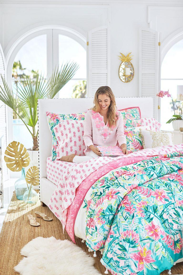 Lilly Pulitzer S New Pottery Barn Collection Will Bring