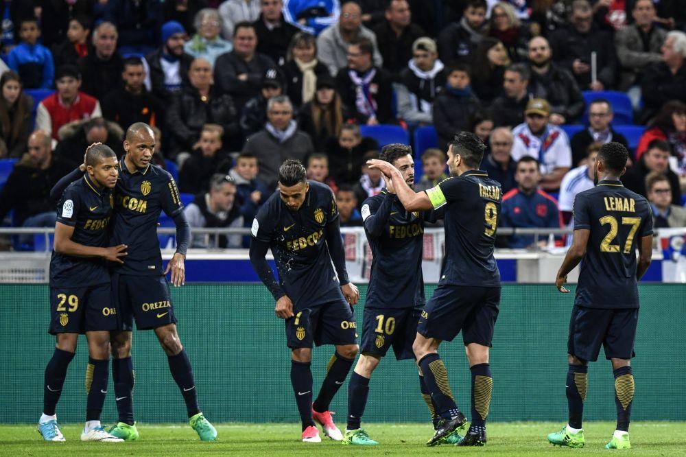 Monaco s'impose dans la douleur à Lyon et fait un pas supplémentaire vers le titre de champion.