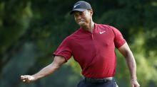 Woods wows US PGA with vintage display