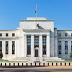 Federal Reserve keeps people at home as big banks call staffers back to office