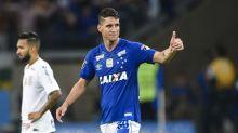 Ainda dói? Thiago Neves rebate provocação de atleticano, mas apaga post na sequência