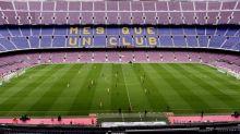 Uefa pode mudar local de jogo entre Barça e Napoli por conta da Covid-19