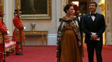 Premier da Nova Zelândia é hospitalizada para dar à luz