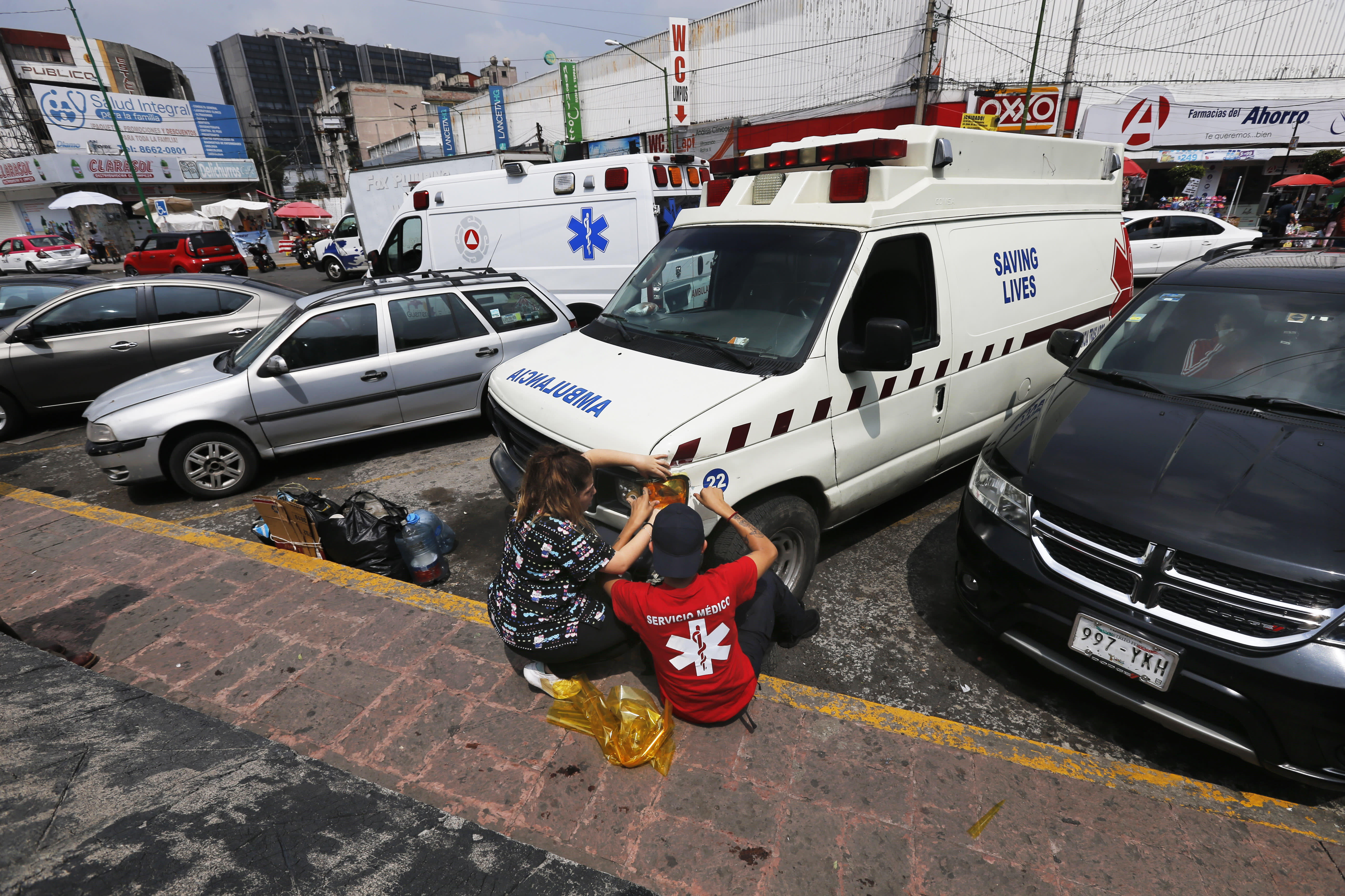 Mexico's pirate ambulances profiteering in the pandemic