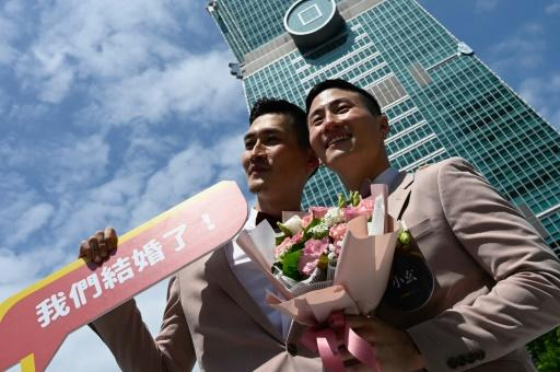 Message, gay group interest marriage accept