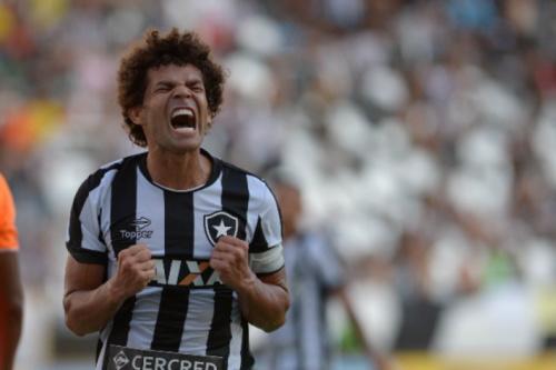 Camilo pede que Botafogo encare cada partida como se fosse uma final