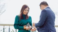 Ara Mina is engaged to Dave Almarinez