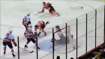 Claude Giroux rips one-timer past Poulin