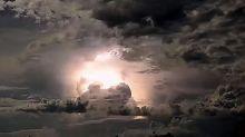 Difunden impactantes imágenes de una tormenta eléctrica en Australia
