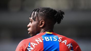 Manchester United transfer news: Club want Aaron Wan-Bissaka deal done by start of pre-season tour