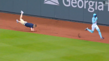Braves fan takes embarrassing tumble trying to race 'The Freeze'