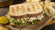 15 Foods You Should Never Bring for Your Office Lunch Slideshow