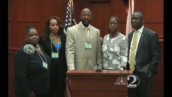 Trayvon's father: 'Stay peaceful'