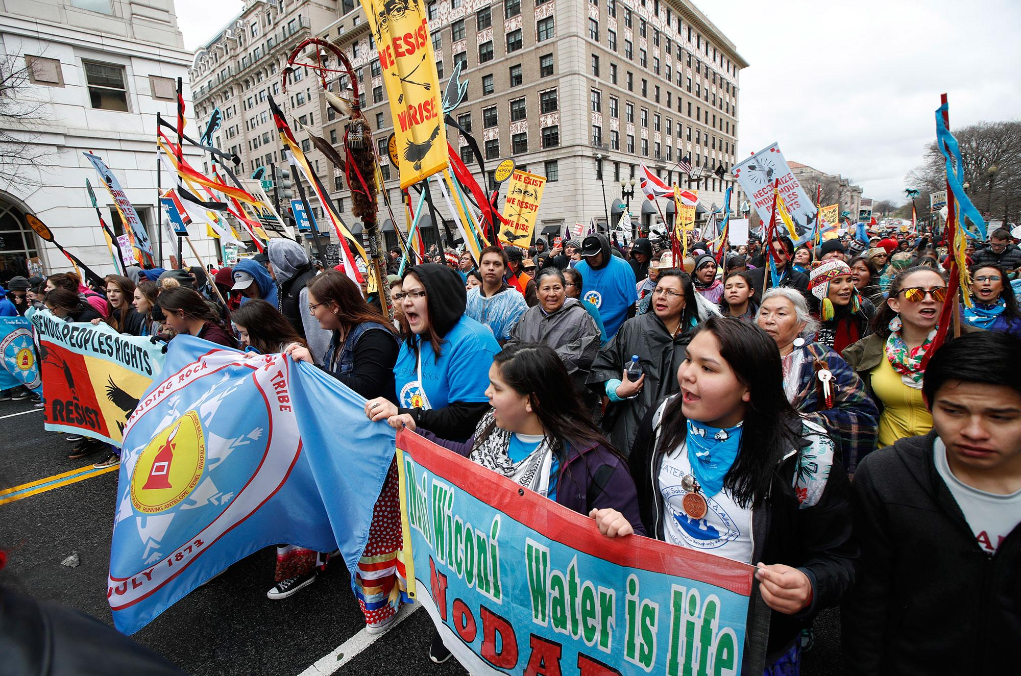 <p>America Indians and their supporters march toward the White House in Washington, Friday, March 10, 2017, to rally against continued construction of the disputed Dakota Access pipeline. (AP Photo/Manuel Balce Ceneta) </p>