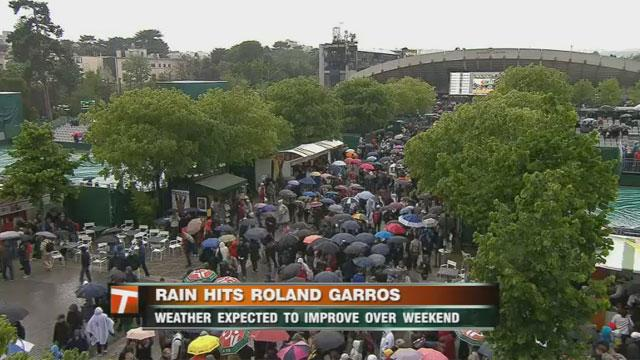 Rain hits Roland Garros