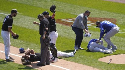 Abreu-Dozier leave game after scary collision