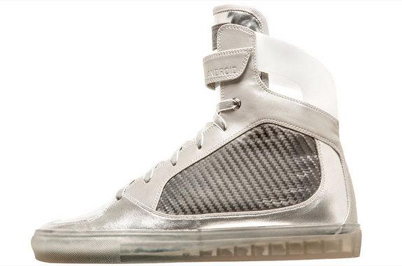 save off 283a9 11485 Moon Boot-Styled Sneakers Celebrate GE's Role in Apollo 11 ...