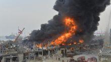 """Beyrouth : """"Combien faudra-t-il d'incendies pour qu'on en finisse avec cette négligence ?"""" Après un nouveau feu au port, les habitants en colère"""