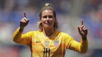 U.S. goalie calls ex-teammate 'homophobic'