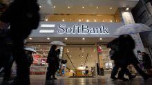 SoftBank Sticks to IPO Price Despite Market Drop, Network Outage