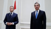 Canadian, Chinese foreign ministers meet amid tensions over Huawei, detainees
