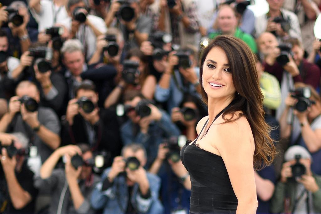 """Spanish actress Penelope Cruz is one of the dream team of female stars to feature in Jessica Chastain's Bond-style caper called """"355"""""""