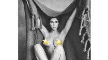 Stephanie Seymour, 49, Plays Peekaboo With a Blanket in Sexy Photo Shoot