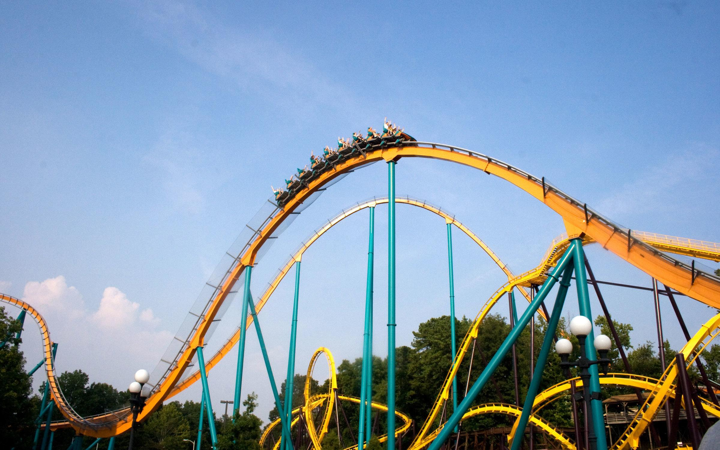 the physics behind roller coasters What is physics physics is the study of matter and energy and how different forces from each interact with and influence one another from gravity to acceleration to friction, physics is the key science behind the successful operation of all roller coasters.