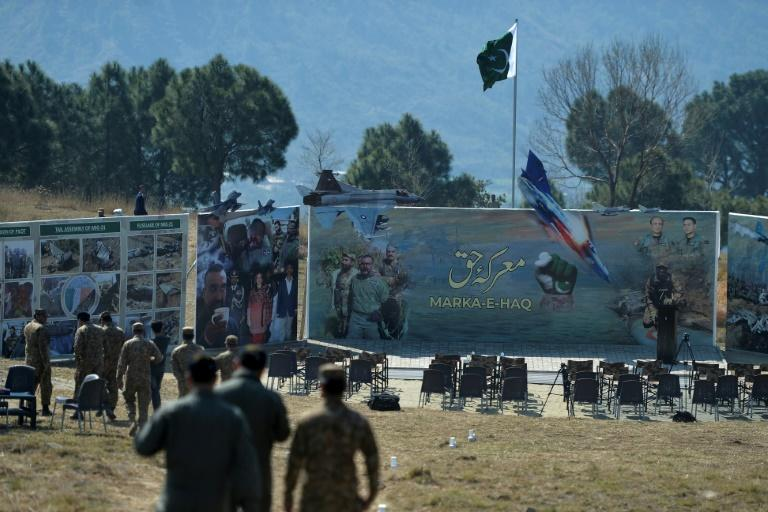 The incident comes as Pakistan and India accuse each other of violating ceasefire terms at the Line of Control