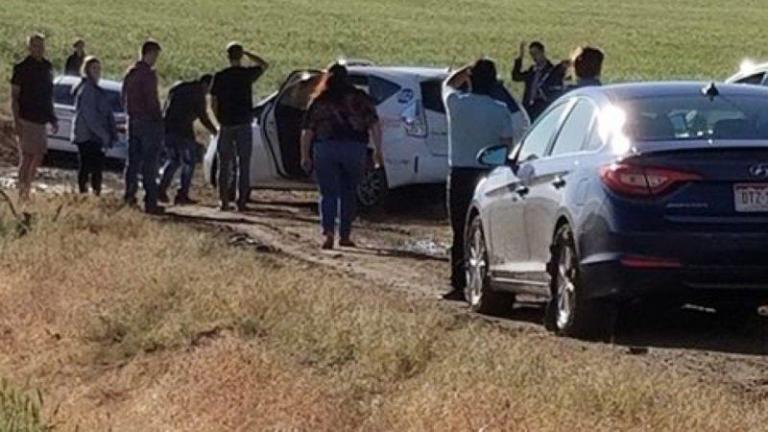 Dozens of drivers get stuck in mud after Google reroutes them down on