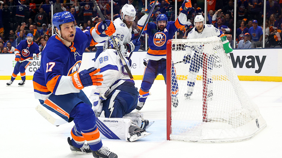 Isles survive late Lightning onslaught to even series