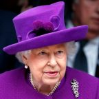 """The queen gave a very rare televised speech about coronavirus: """"We will meet again"""""""