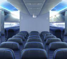 United Airlines warns of drop in bookings: WSJ