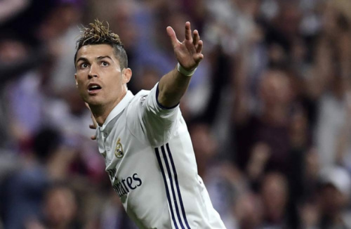 Mesmo depois de hat-trick, Ronaldo alerta: 'Não tem nada fechado'