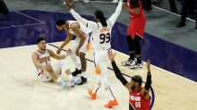 Booker hits late free throws, Suns top Trail Blazers 118-117