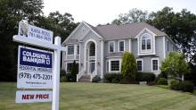 Average US mortgage rates fall for 2nd straight week