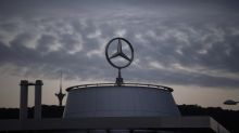 Daimler lost $2.2 billion in Q2, sees signs of recovery