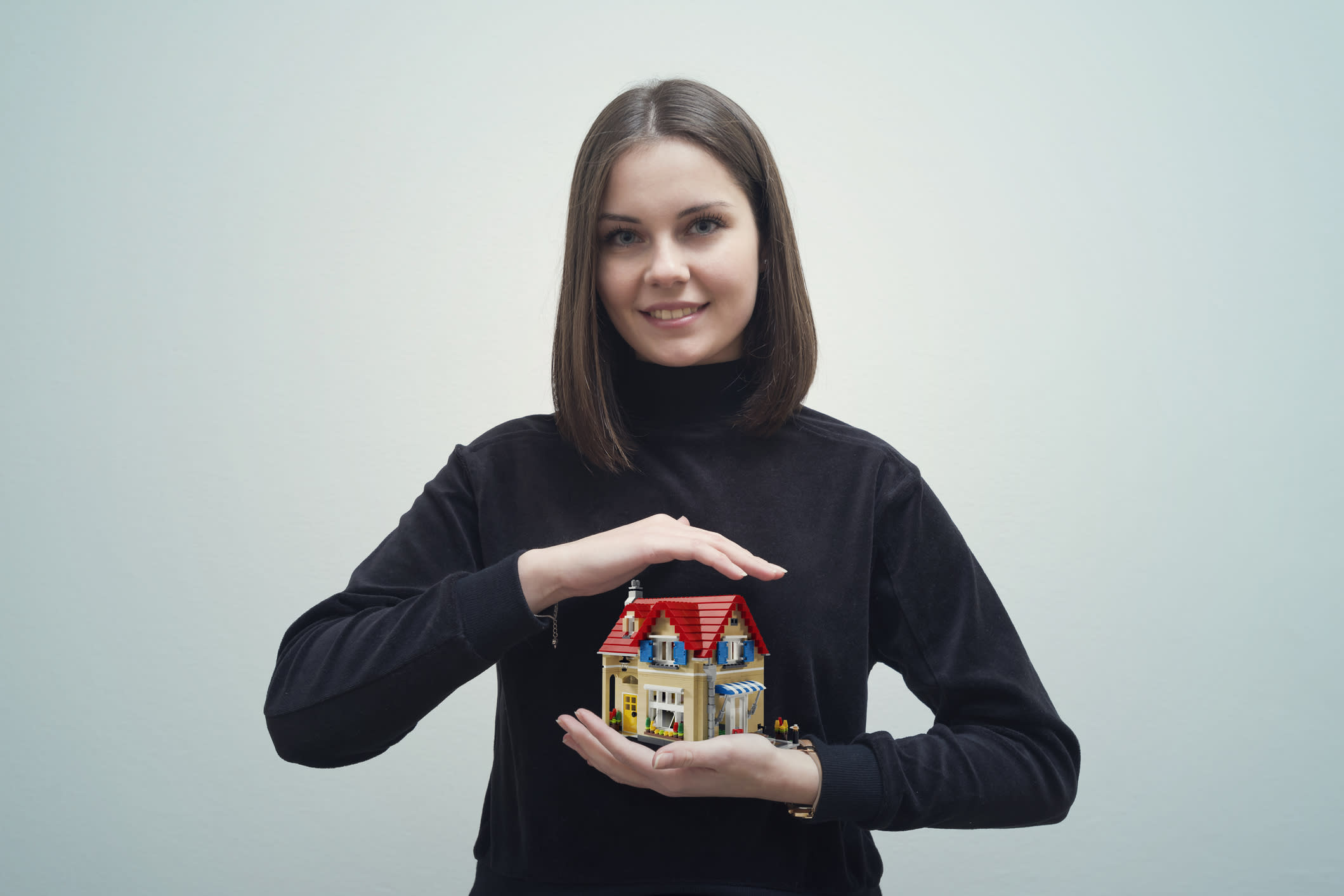 Why you should buy a house then HOLD IT for 10 years