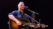 Leftwing music poet Billy Bragg to lecture finance chiefs at Bank of England