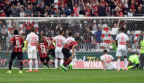 Ligue 1: 33. Spieltag: Monaco zieht nach - Spielabbruch in Bastia