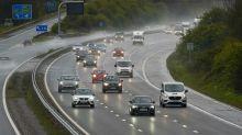Drivers want motorway speed limit cut when it rains