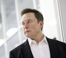 Elon Musk Taunts the SEC Amid Surge in Tesla Stock Price