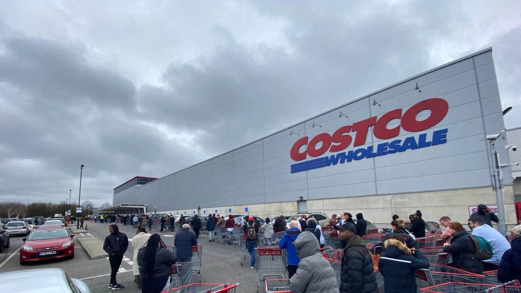 News post image: Coronavirus fears cause massive spike in visits to Costco, BJ's, and Sam's Club