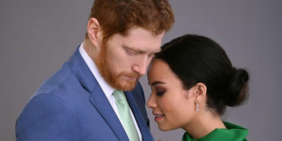 Photo of 30 Thoughts I Had While Watching Lifetime's Harry & Meghan: Escaping the Palace