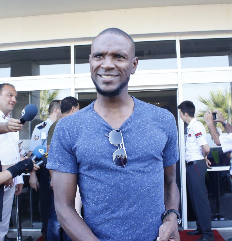 """Abidal : """"Mon départ du Barça, ça a même été une grande mort"""""""