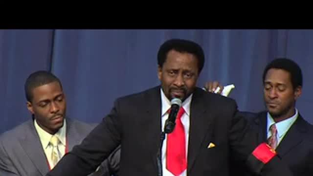 Stars pay tribute to Emanuel Steward: 11/13/12